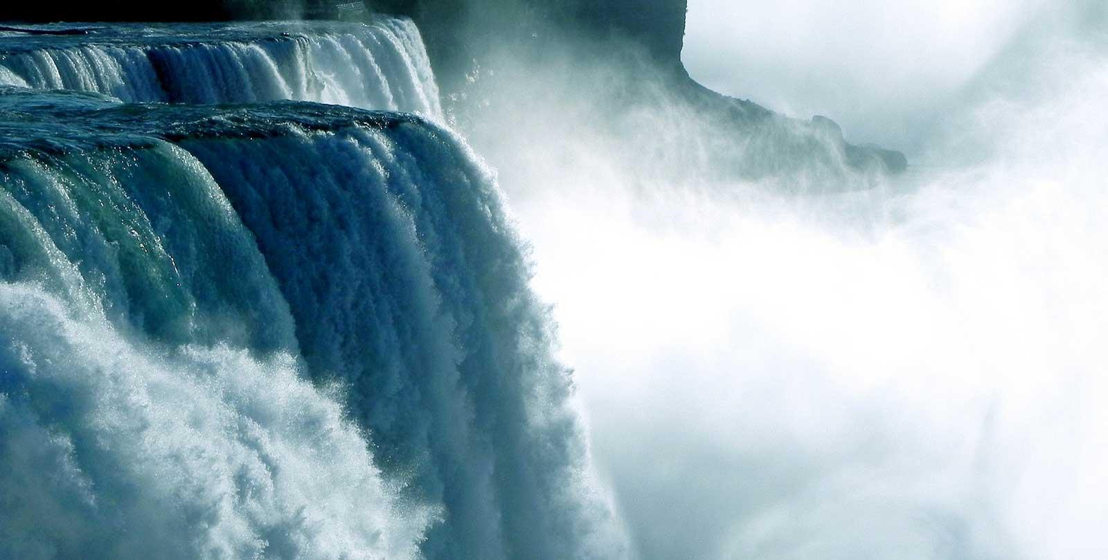 cascate del niagara canada