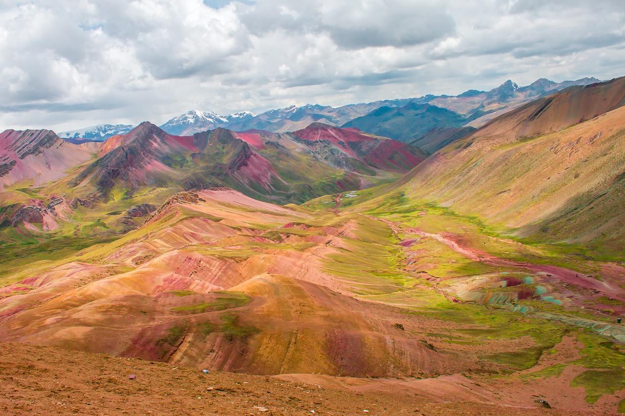 raibow-mountain